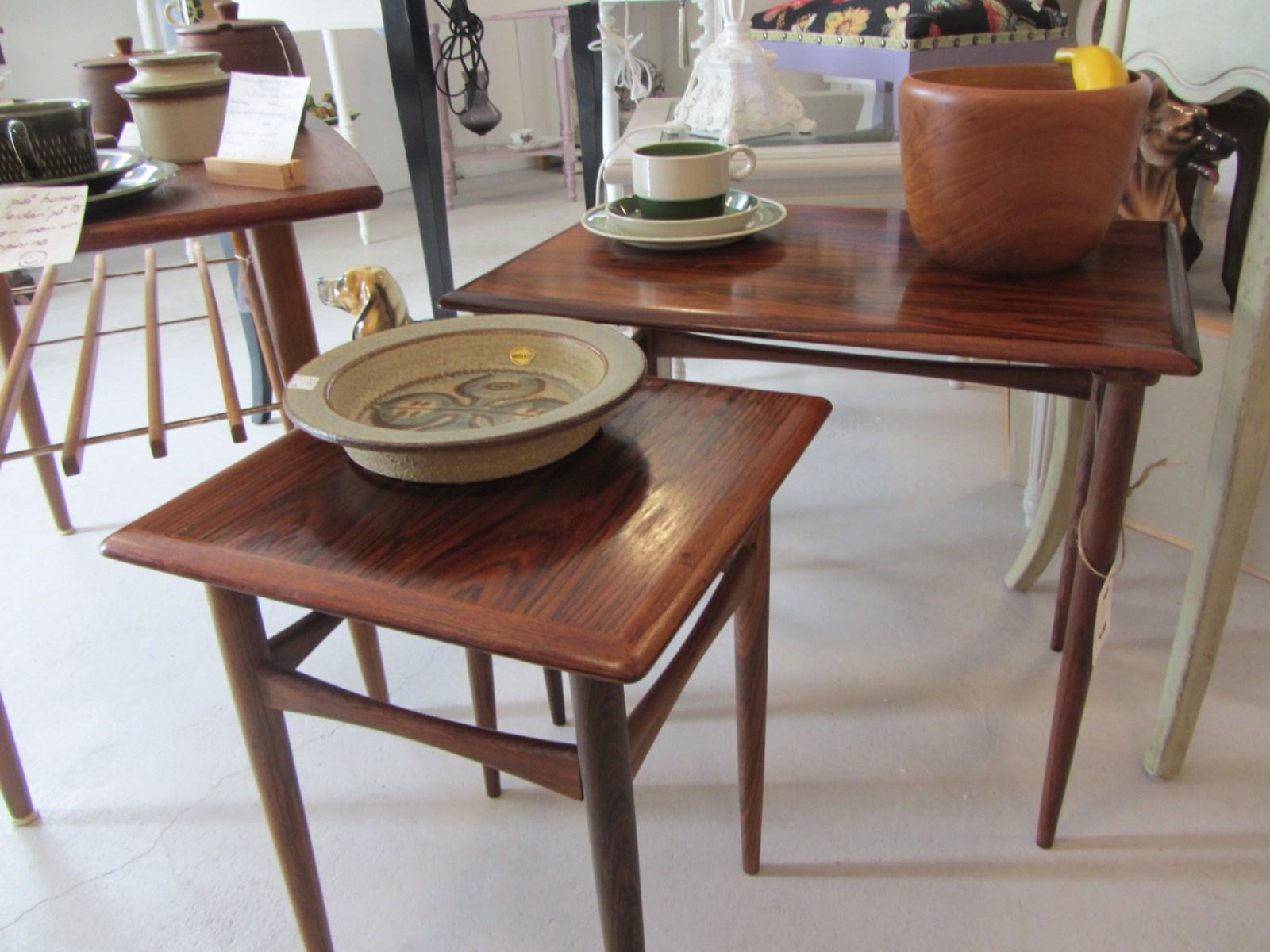 äldre möbler